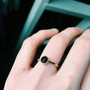🤍 14k gold - black spinel gem hammered ring 4.75